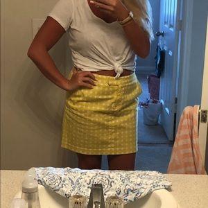 Yellow polka dot mini skirt 🌼